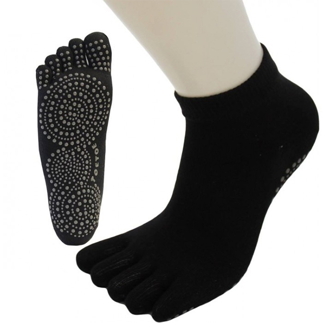 http://myshop-s3.r.worldssl.net/shop1508200.pictures.De_Trek_5fingers_ToeToe_yoga_pilates_trainer.jpg