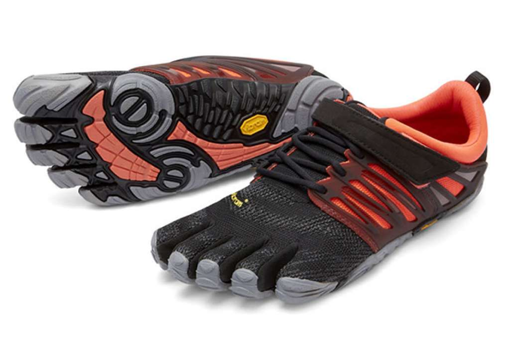 http://myshop-s3.r.worldssl.net/shop1508200.pictures.myshop-large-Trek_5fingers_FIVEFINGERS-V-TRAIN_Black_Coral_Grey.jpg