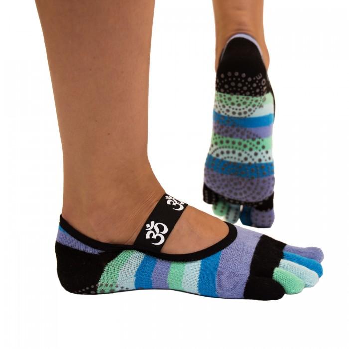 http://myshop-s3.r.worldssl.net/shop1508200.pictures.toetoe-yoga-pilates-anti-slip-om-footcover-blue-1.jpg