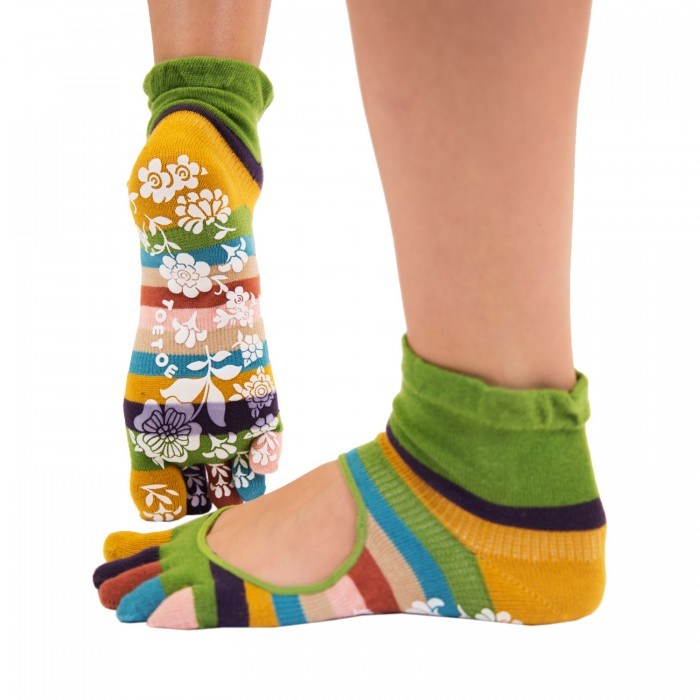 http://myshop-s3.r.worldssl.net/shop1508200.pictures.toetoe-yoga-pilates-anti-slip-serene-ankle-green-1.jpg