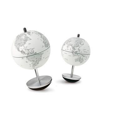 Globe Swing