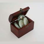 Reikisymbolen in kistje<br />Chinese Jade