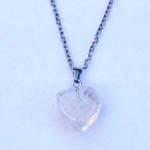 Edelsteen Hart met Collier Bergkristal