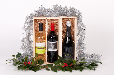 Kerstpakket met witte en rode wijnen
