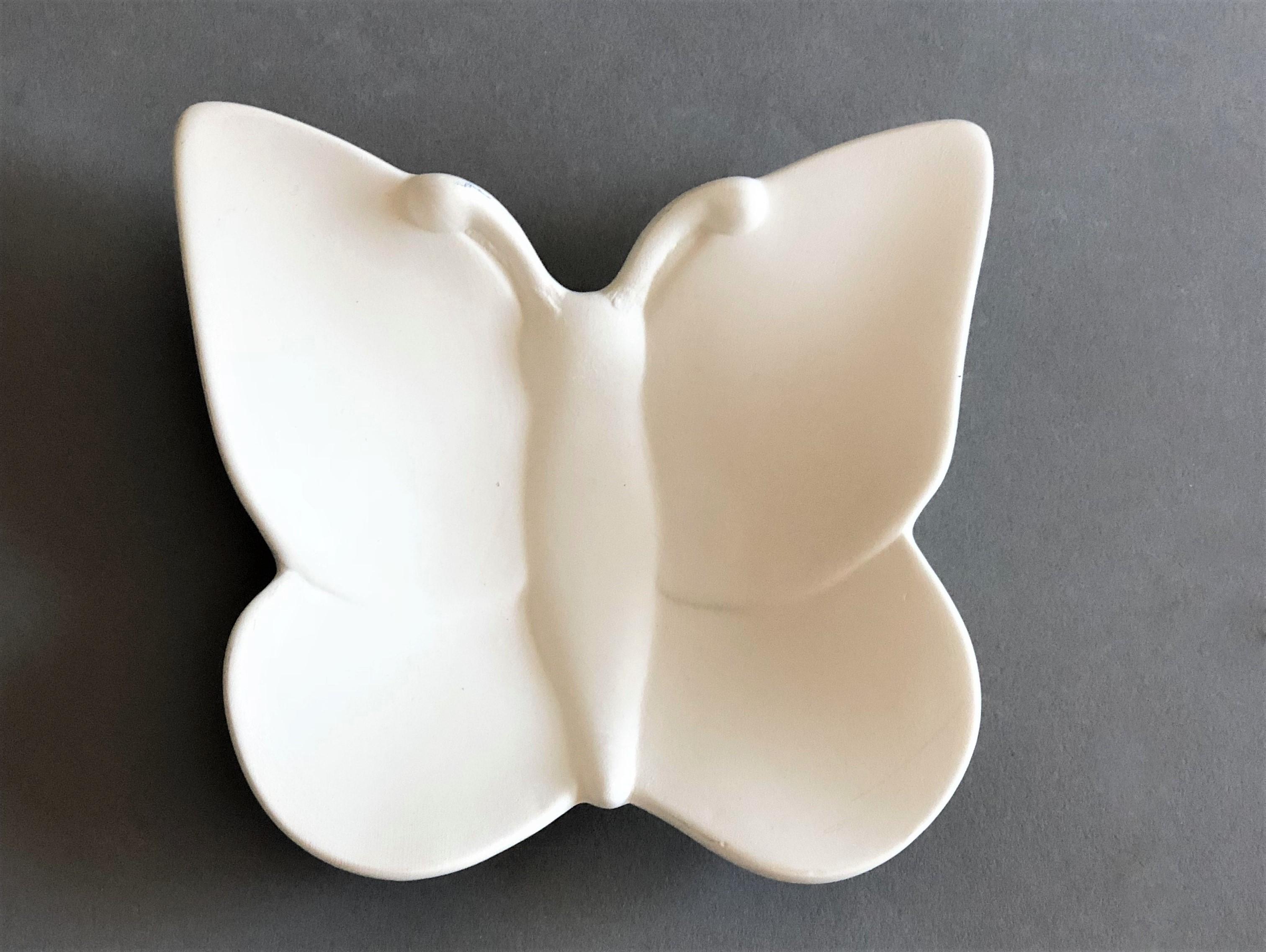 KE-165<br />Schaaltje vlinder<br />13 x 13cm