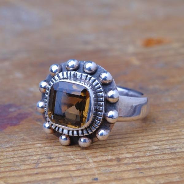 Rookkwarts Ring Vierkant