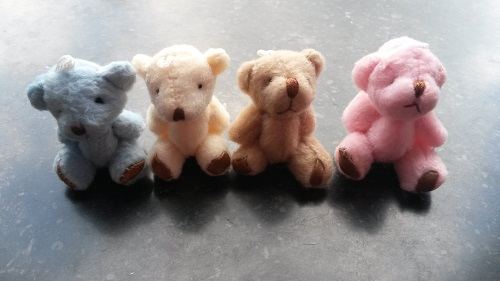 http://myshop-s3.r.worldssl.net/shop3783300.pictures.Miniteddybeer.jpg