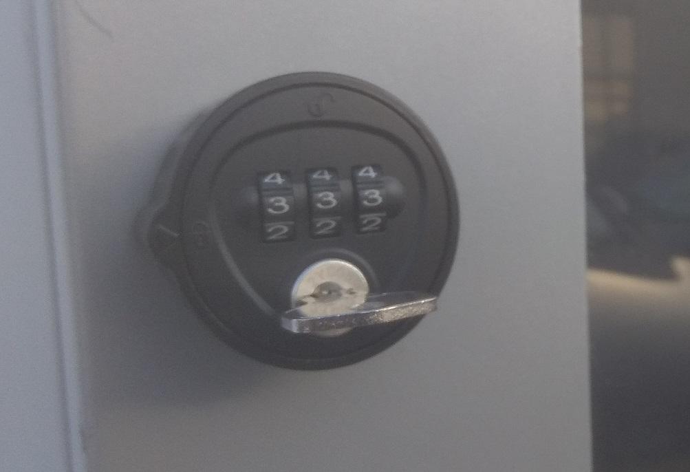 SmartCase SC1240 (RVS)<br />(afgesloten kast)