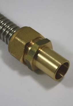 Knelkoppeling DN16 ribbelbuis naar 22mm koperen buis