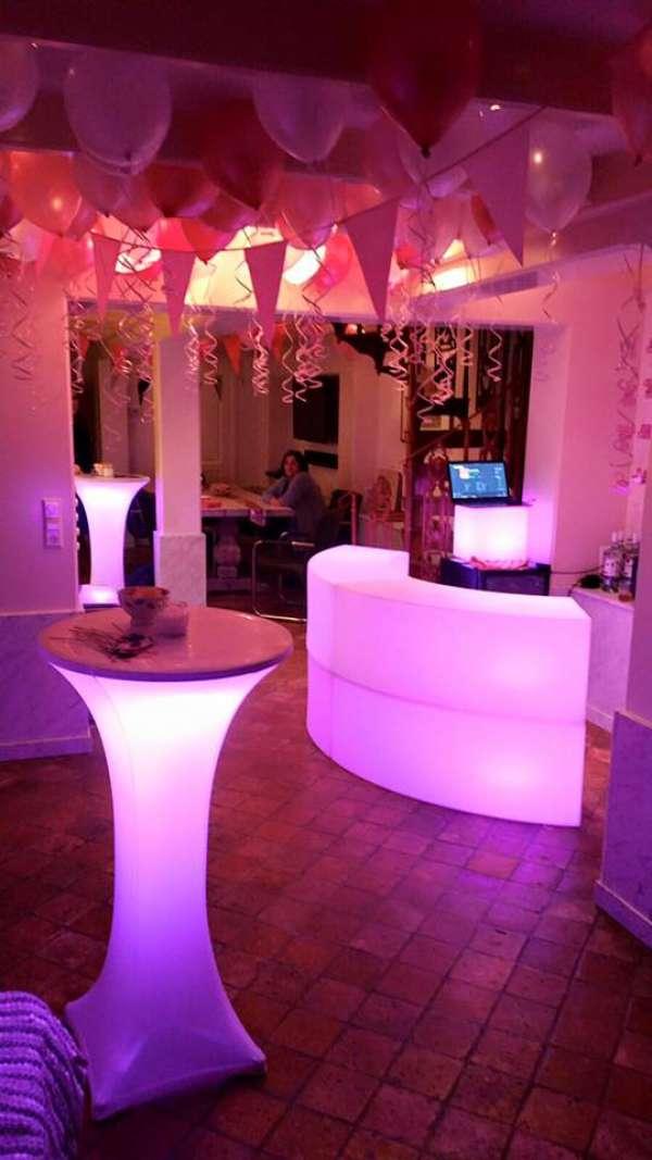 Mega acties alles voor een scherpe prijs elke avond geopend en bereikbaar gratis led vaas - Ideeen kleuren lounge ...