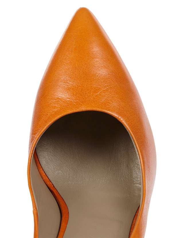 http://myshop-s3.r.worldssl.net/shop4493000.pictures.myshop-medium-women_shoes_orange_2.jpg