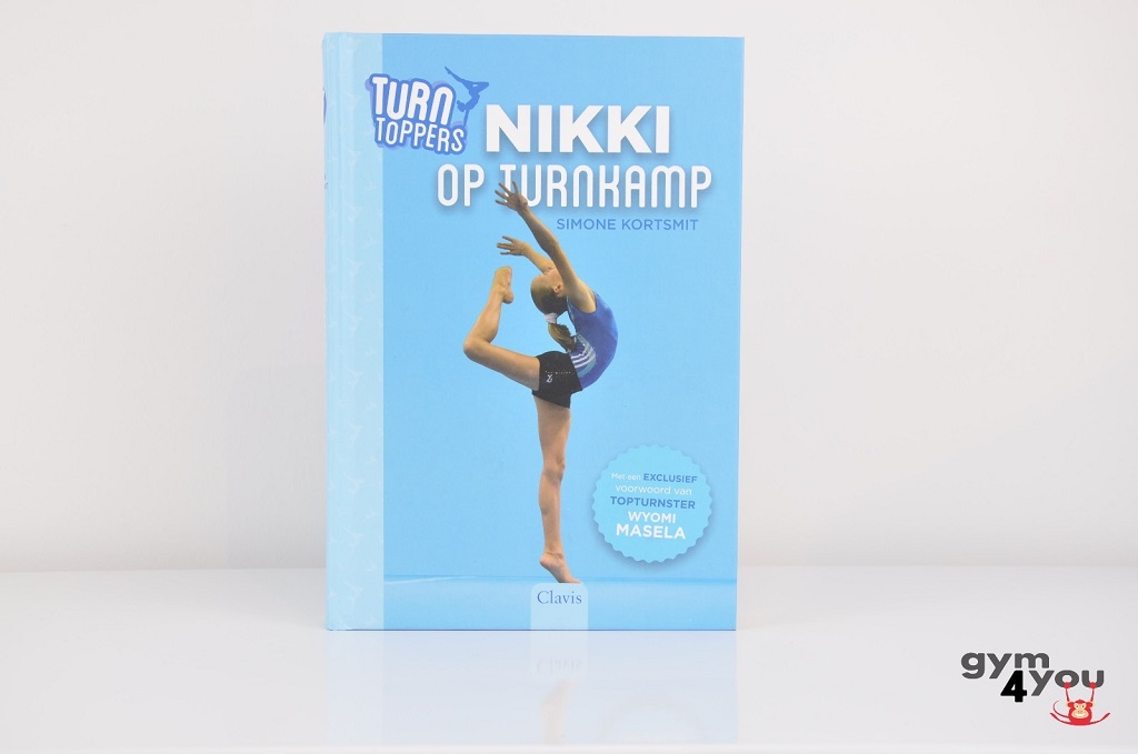 Turntoppers - Nikki op turnkamp