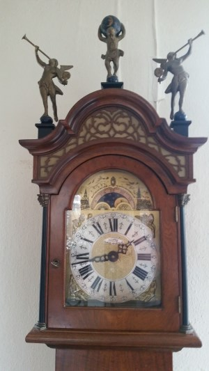 http://myshop-s3.r.worldssl.net/shop5306600.pictures.Amsterdams_staand_horloge_detail.jpg