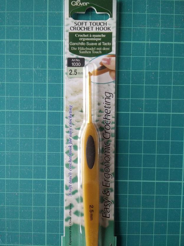 Clover 1030/2.5 mm Haaknaald