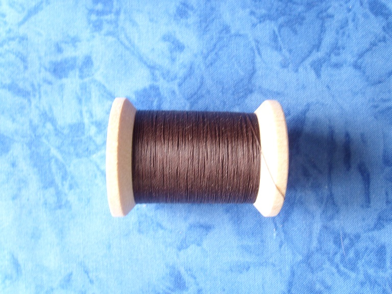 YLI Brown 400 Yds Quiltgaren 100% K