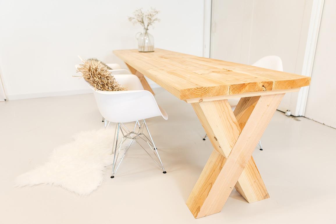 https://myshop-s3.r.worldssl.net/shop2329900.pictures.douglashout-tafel-gemak-PLF.jpg