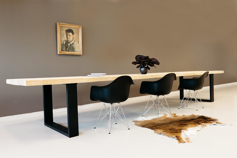 Houten tafel op maat uit massief hout zware tafels tip
