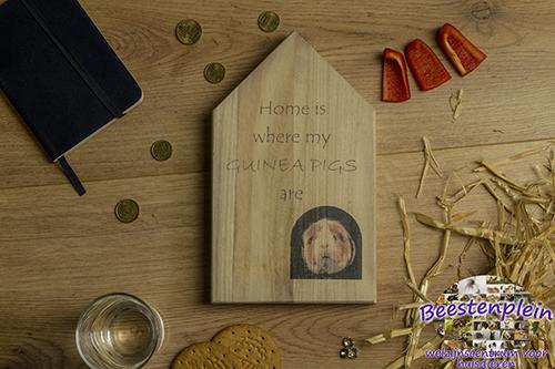 https://myshop-s3.r.worldssl.net/shop5460500.pictures.Houten_huis_Homeiswheremyguineapigsare_logo.jpg