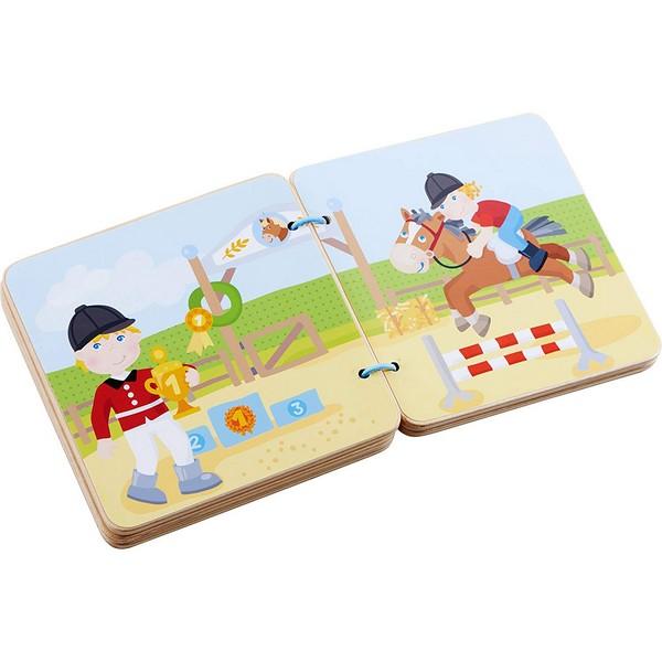 Babyboek hout Manege