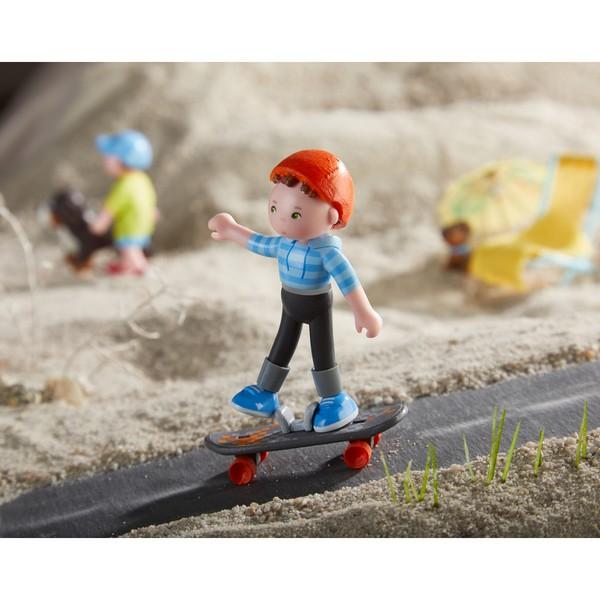Little Friends Poppenhuispopje Marc de Skater